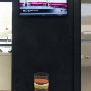 resina nera per parete high tech