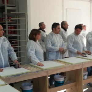Aspiranti resinatori al corso per diventare resinatore certificato Elekta