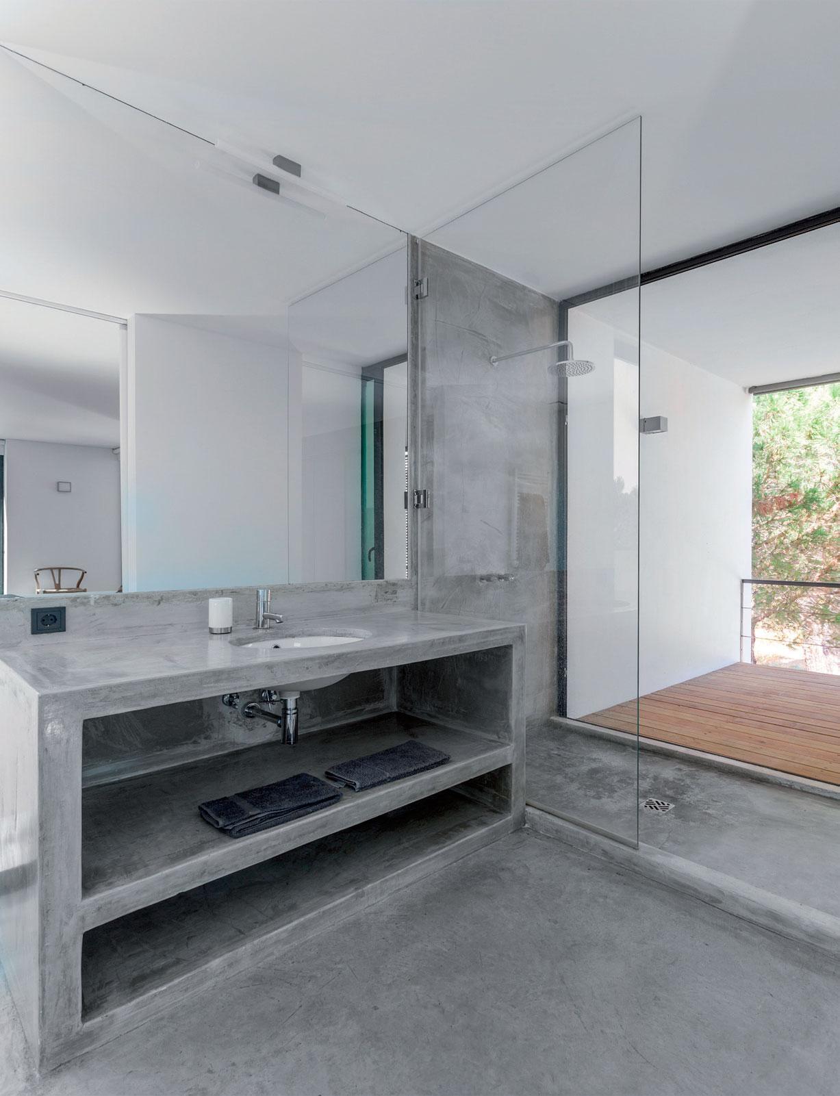mobile bagno con lavabo incassato ricoperto da resina Elekta