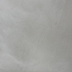 parete ristrutturata in cemento naturale