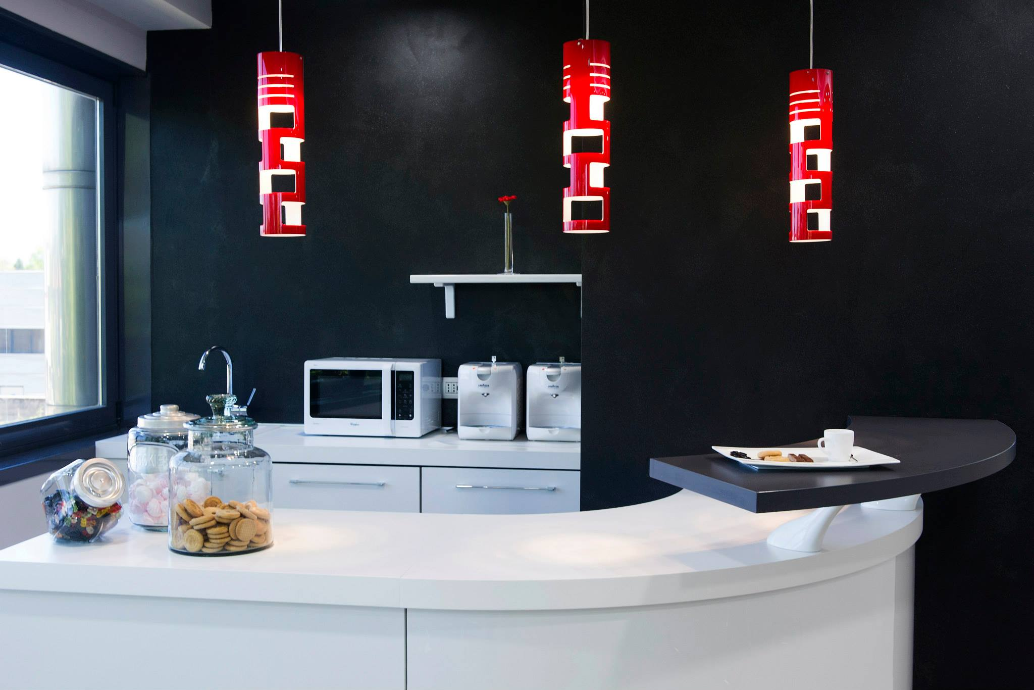 showroom resina cucina