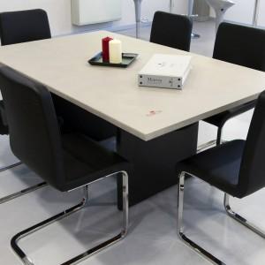 ripiano tavolo in resina