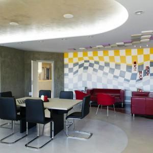 sala riunioni in resina