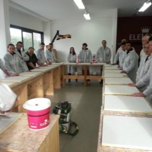 Prova pratica di posa della resina per pavimenti